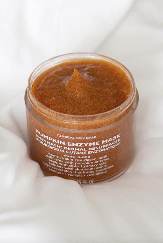So verwenden Sie Enzyme für die Haut
