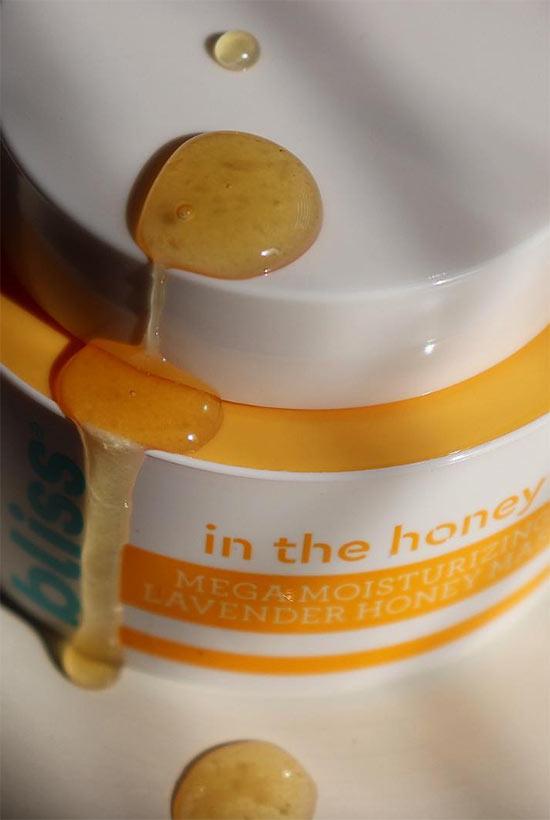 Wie verwendet man Honig in der Hautpflege?