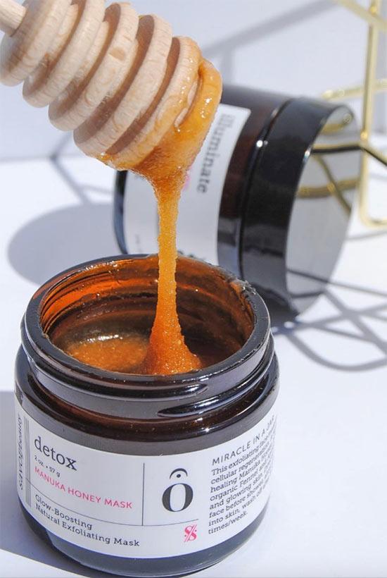 Wie verwendet man Honigmasken für das Gesicht?