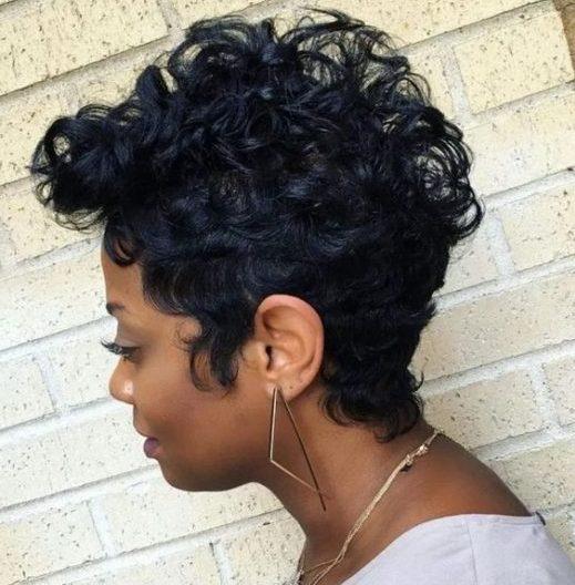 Pixie kurze schwarze Frisuren